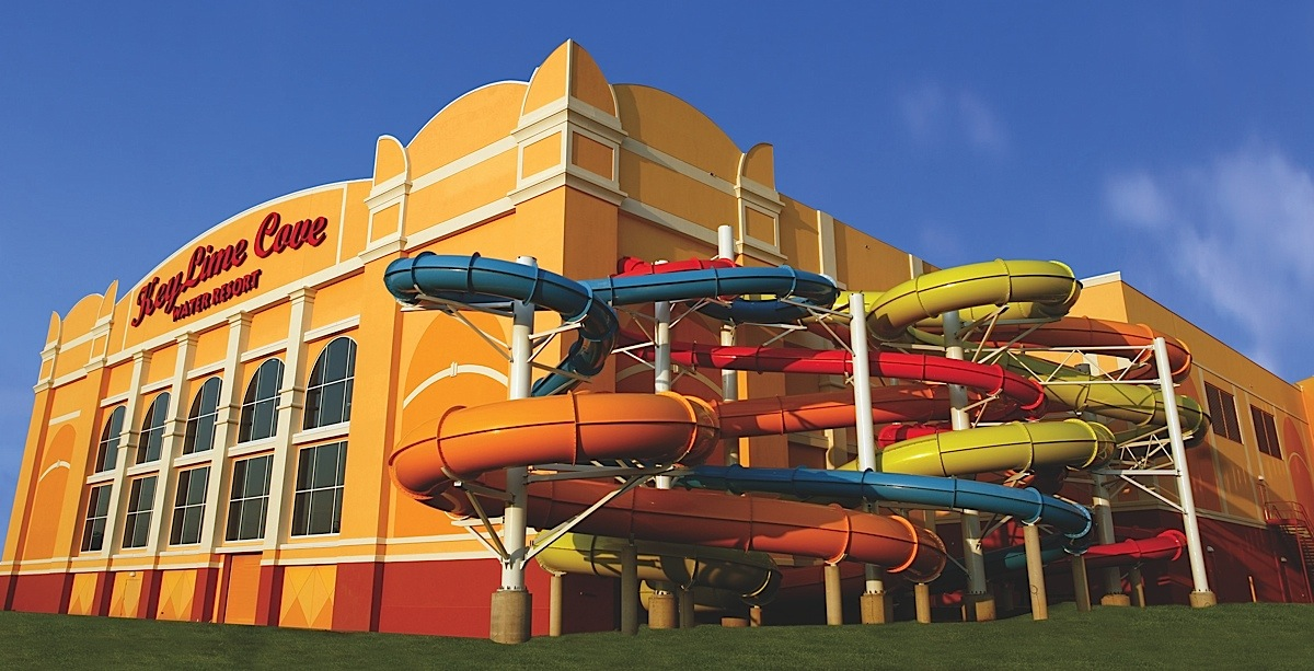 Keylime cove indoor waterpark resort details voil for Spa getaways near chicago